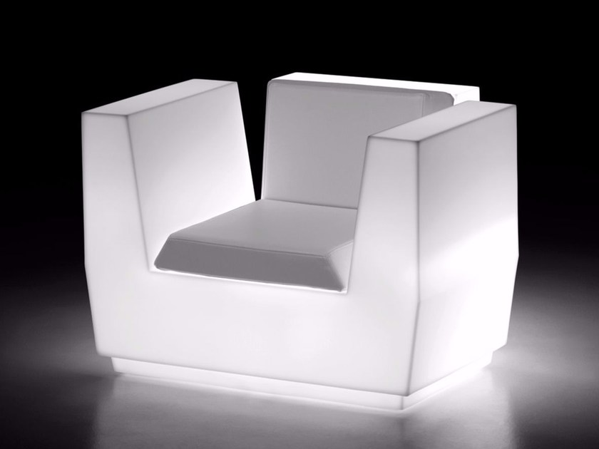 Polyethylene armchair with armrests BIG CUT | Garden armchair with light - PLUST Collection by euro3plast