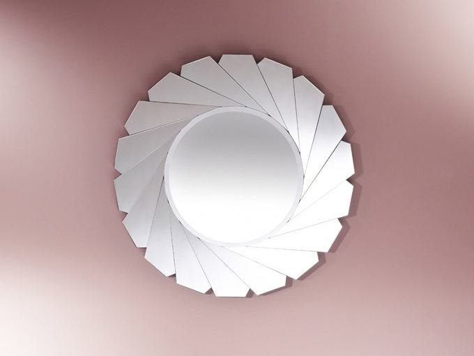 Round wall-mounted mirror BIRDIE - DEKNUDT MIRRORS