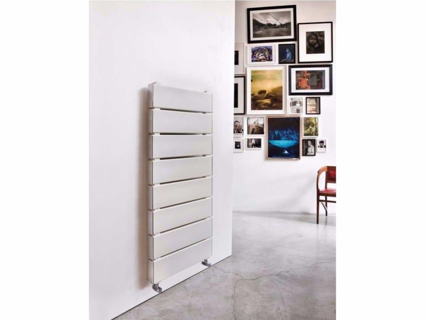 Wall-mounted aluminium radiator BLOK TOWER - RIDEA