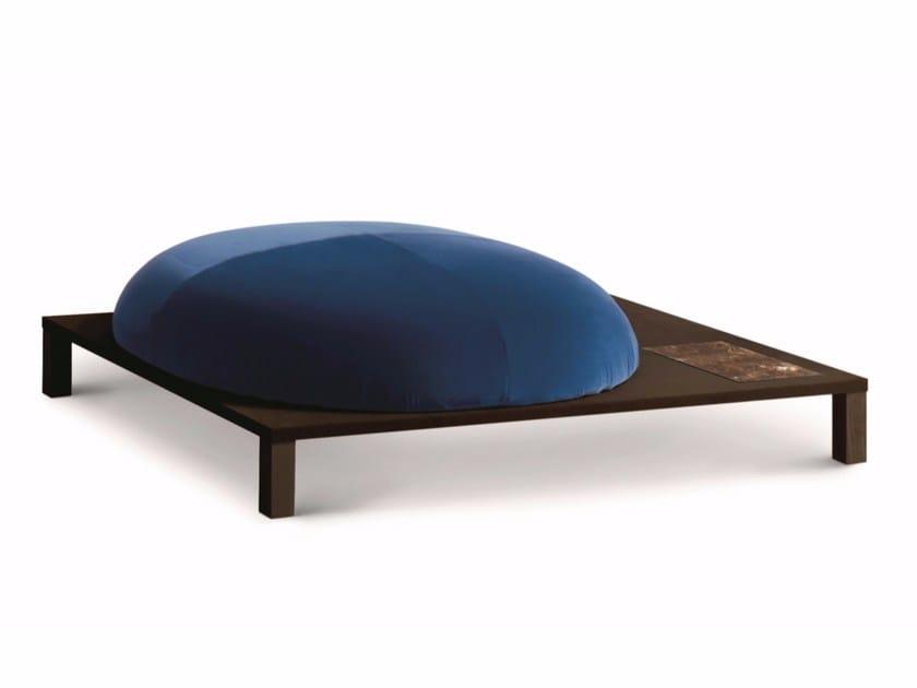 Upholstered fabric pouf BONSAI | Pouf - arflex