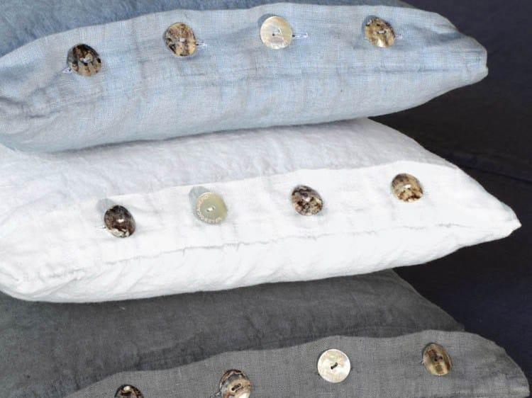 Square linen cushion BOTTONI&ASOLE | Cushion - LA FABBRICA DEL LINO by Bergianti & Pagliani