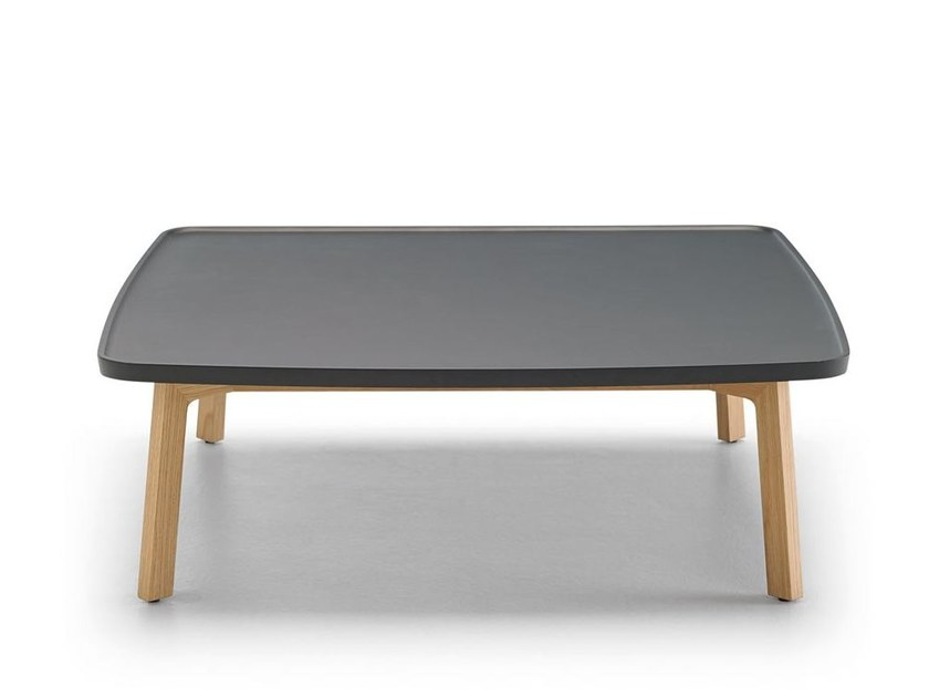 Low oak coffee table BREDA | Square coffee table - Punt