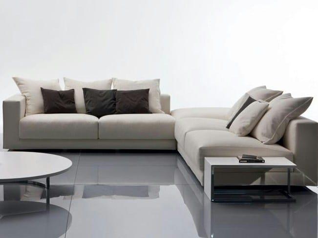 Divano Angolare Colorato ~ Idee per il design della casa