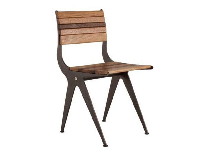 Balance chair | Steel Plate Frame, Wood: European Ash, Dark red Meranti, California Walnut