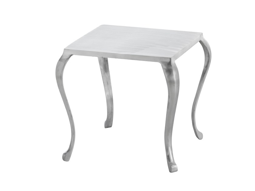 Square aluminium coffee table CABRIOLÉ | Square coffee table - GAN By Gandia Blasco