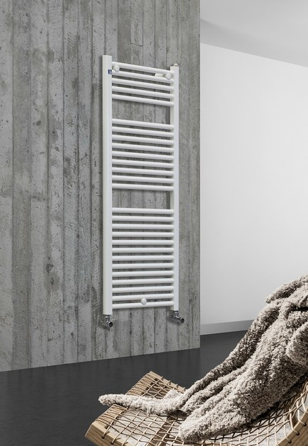 Wall-mounted vertical towel warmer CAMBIO by DELTACALOR