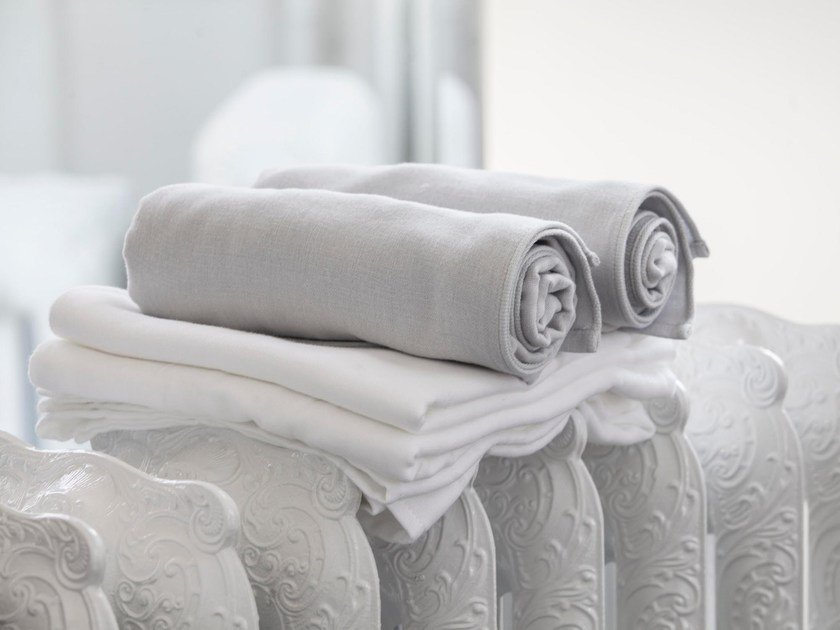 Cotton bath Towel CARESSE DS | Bath Towel by Cinier