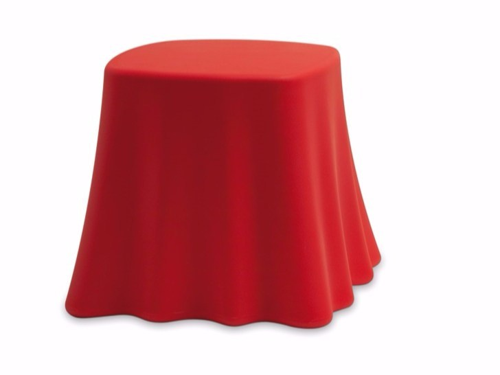 Low garden side table CASPER by DOMITALIA