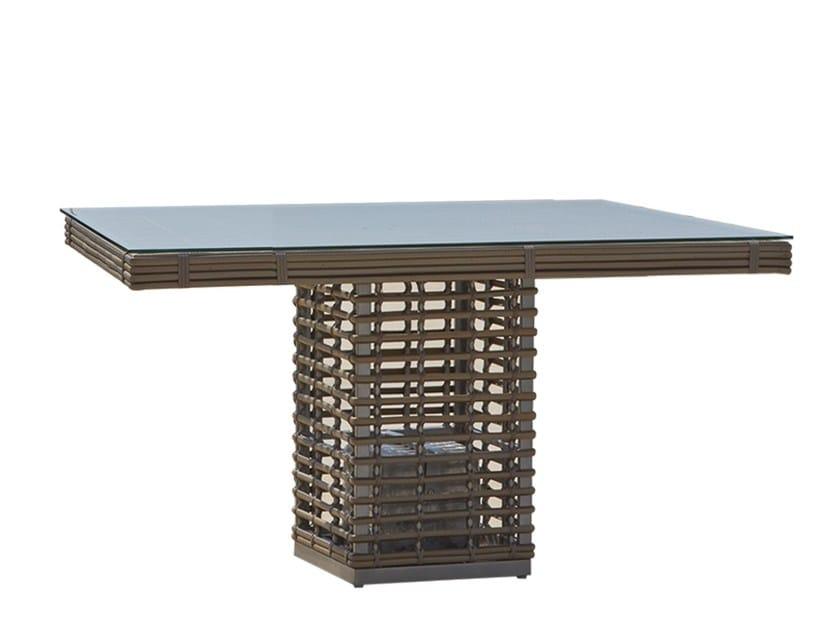 Square table CASTRIES 23232 - SKYLINE design