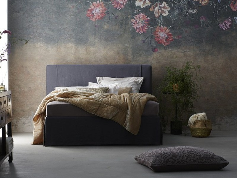 Fabric double bed with upholstered headboard CHANGE + HUSSE - MALVE FOREST - Schramm Werkstätten
