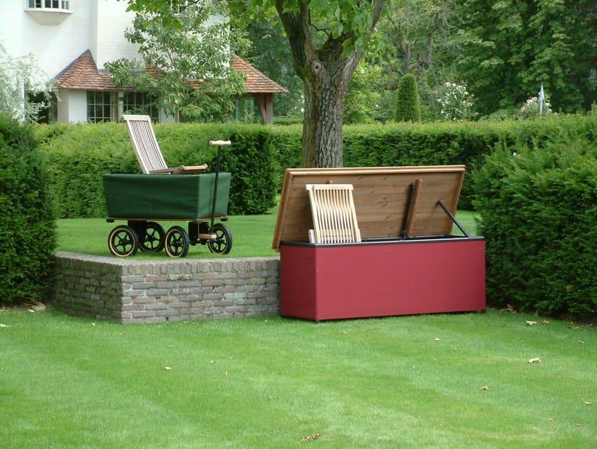 Panca da giardino con contenitore chest 39 r by tradewinds for Panca da giardino contenitore