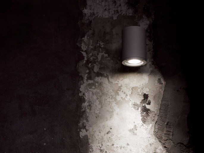 LED adjustable metal wall lamp CHILLOUT by DAVIDE GROPPI