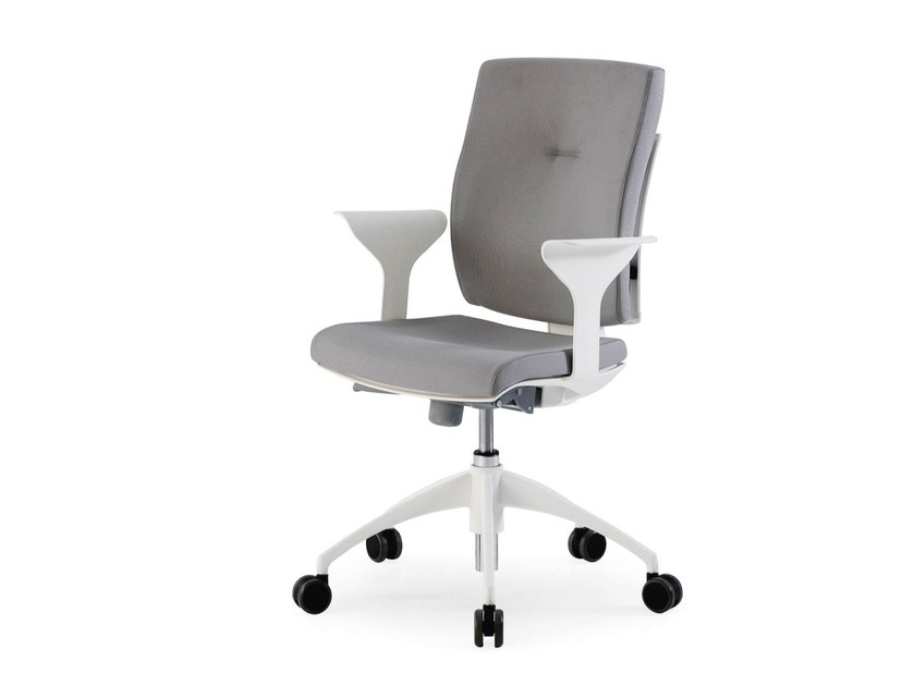 Height-adjustable task chair with armrests CINNAMON OPERATIVE by FANTONI