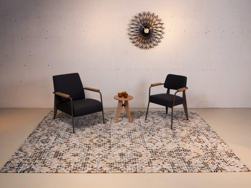 Handmade custom wool rug CIRCLISM by Mischioff