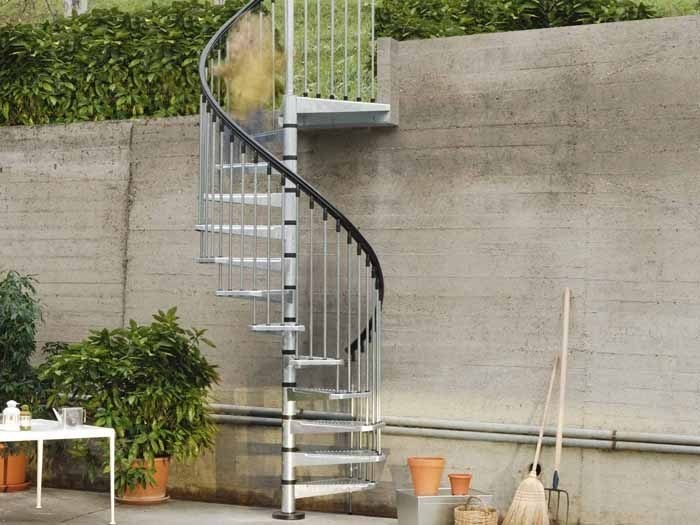 escalera de caracol de acero galvanizado para exterior civik zink by fontanot
