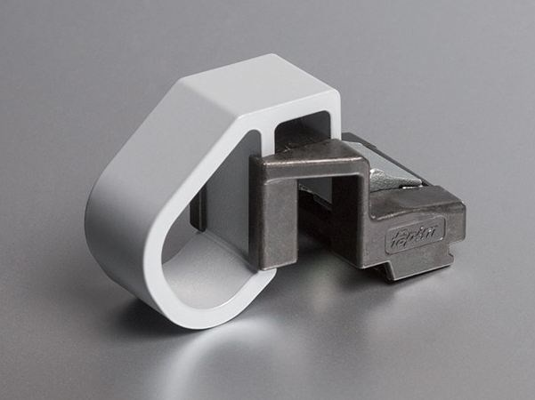 Tilt safety latch in extruded aluminum CLACK+ by FAPIM