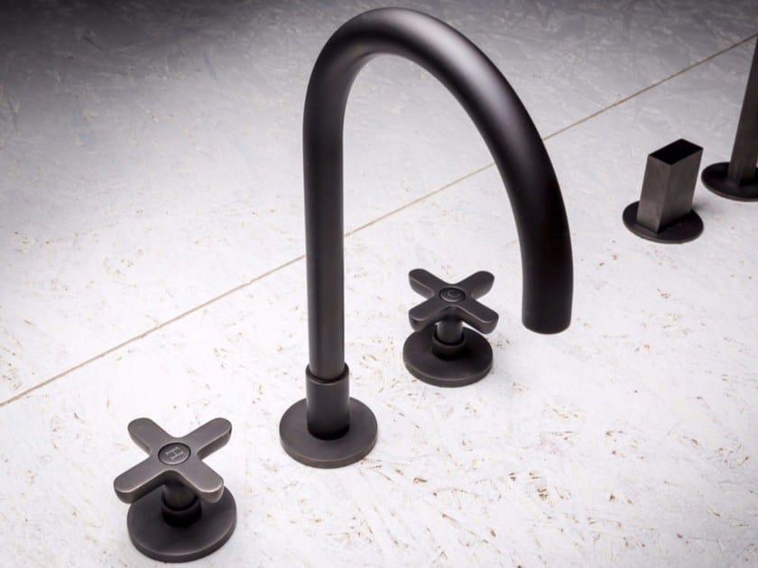 Gruppo lavabo a 3 fori da appoggio e a parete CLASSIC ICONA - Fantini Rubinetti