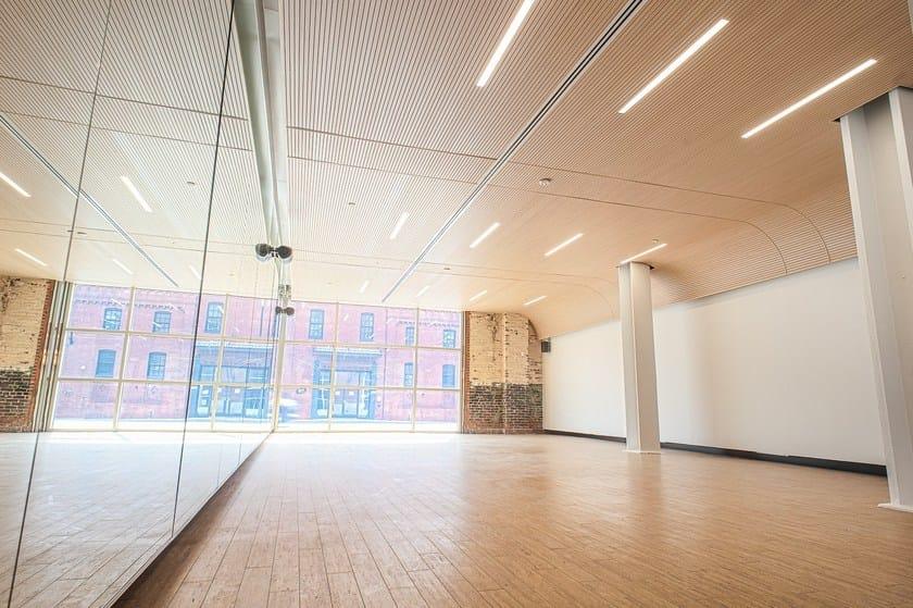 Pannelli per controsoffitto fonoassorbente radiante for Finestre a soffitto