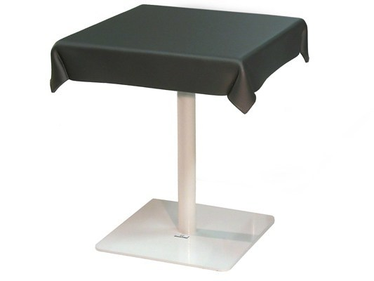 Square contract table CLOTHTABLE by ZinX