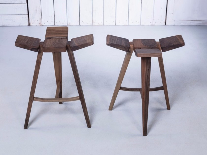 Low wooden barstool CLOVER | Low stool by HOOKL und STOOL