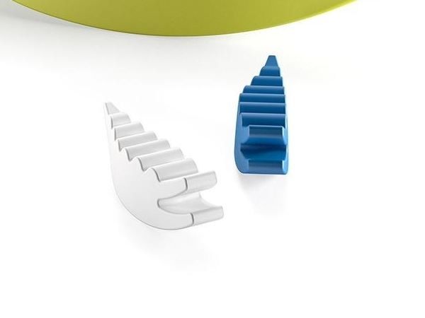 Polyethylene decorative object COCCODRILLO MINI by Plust