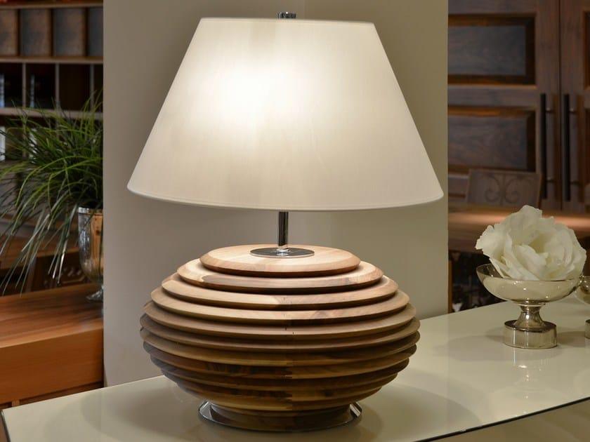 Lampada da tavolo in legno coco lampada da tavolo mobi - Lampade da tavolo in legno ...
