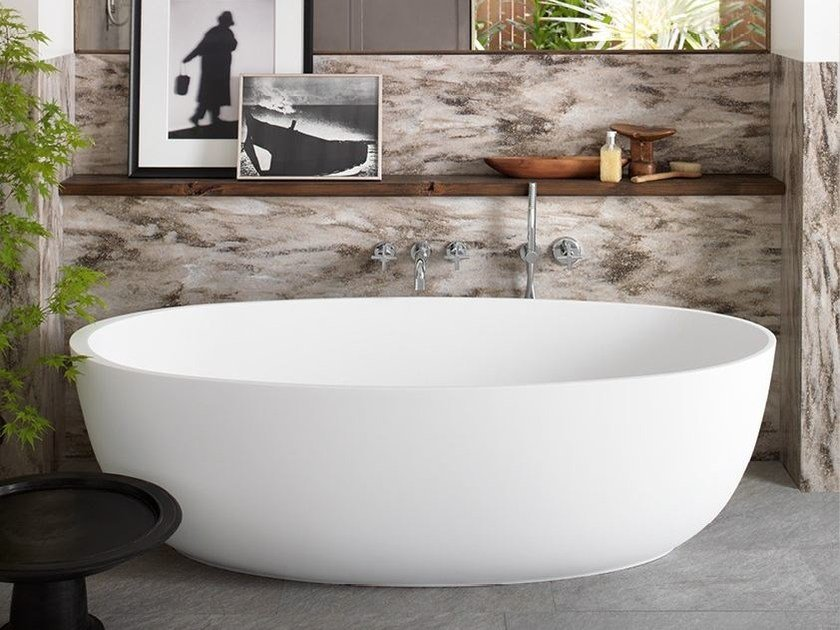 Freestanding oval corian bathtub corian delight 8430 by dupontprotectionsolutions - Vasche da bagno esterne ...
