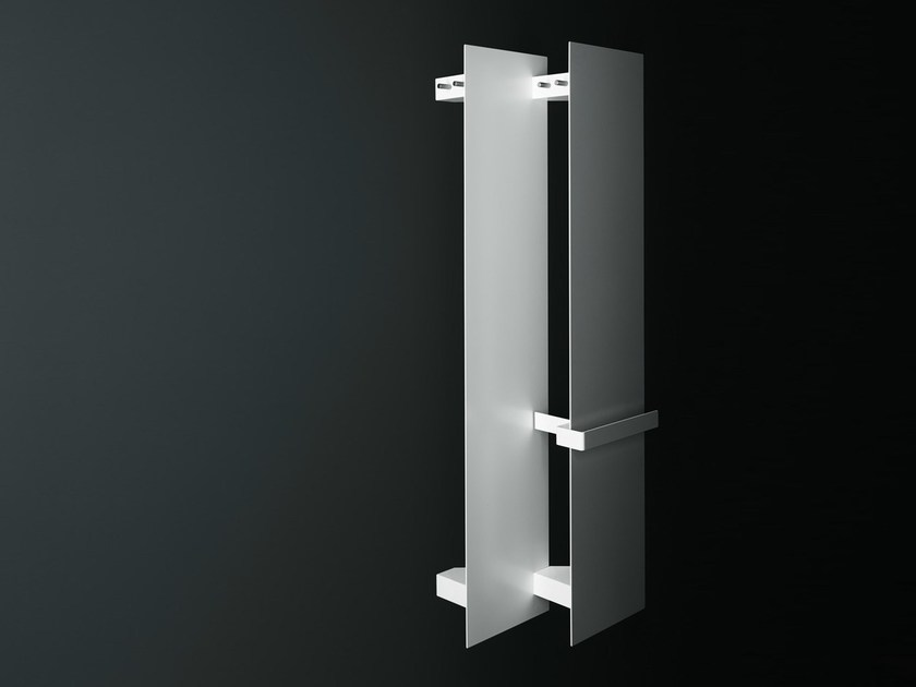 Wall-mounted panel radiator CTLINE | Decorative radiator by Boffi