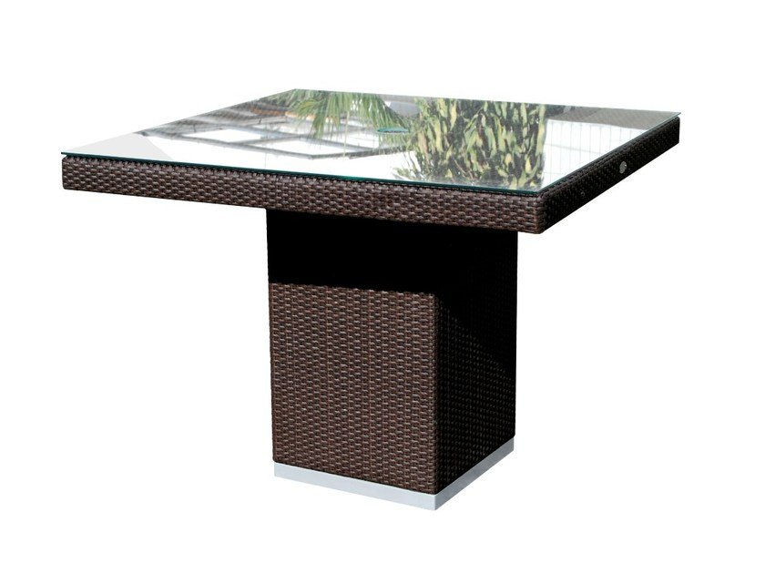 Square table CUATRO PACIFIQUE 2378 by SKYLINE design