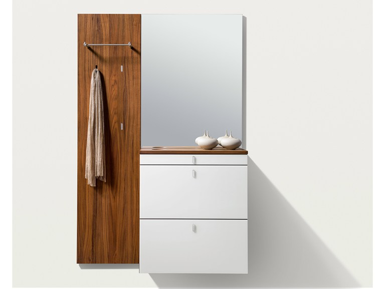 Wall-mounted wooden hallway unit CUBUS | Wall-mounted hallway unit - TEAM 7 Natürlich Wohnen