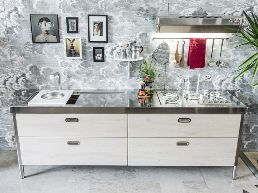 Contemporary style linear stainless steel kitchen CUCINA 250 LEGNO | Contemporary style kitchen by ALPES-INOX