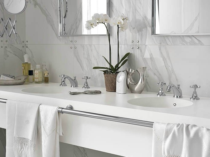 Double round Corian® washbasin Corian® PURITY by DuPont Protection Solutions