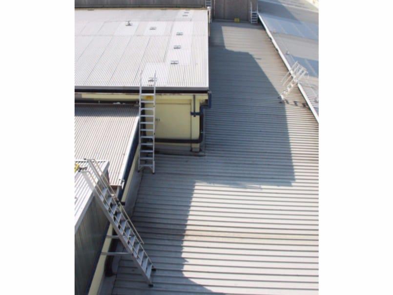 Scala antincendio metallica Scale di passaggio tra tetti - SVELT