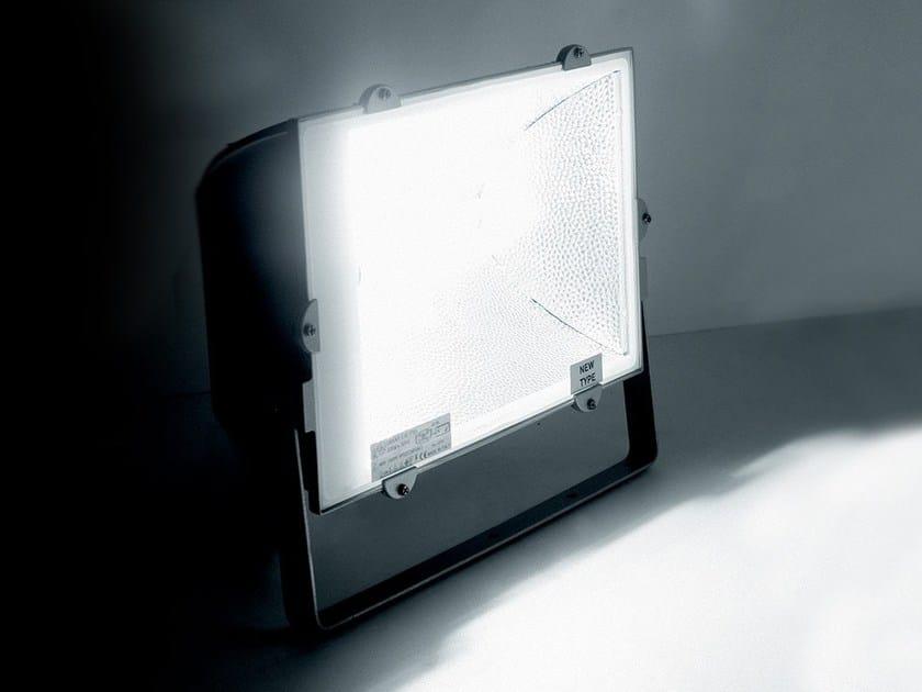 Die cast aluminium Outdoor floodlight DAKAR by LANZINI