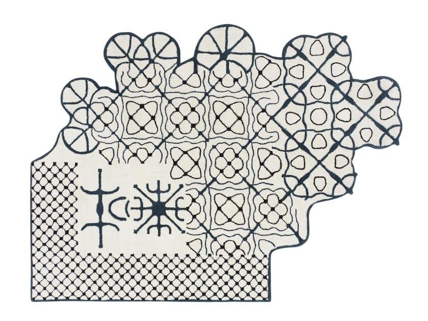 Patterned wool rug DAUVINE by GAN