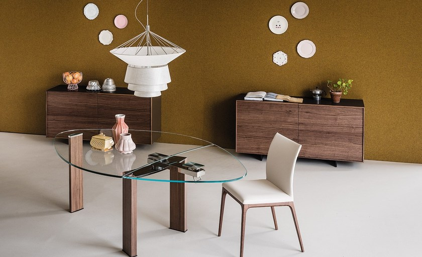 Daytona almond by cattelan italia for Tavolo ovale cristallo allungabile