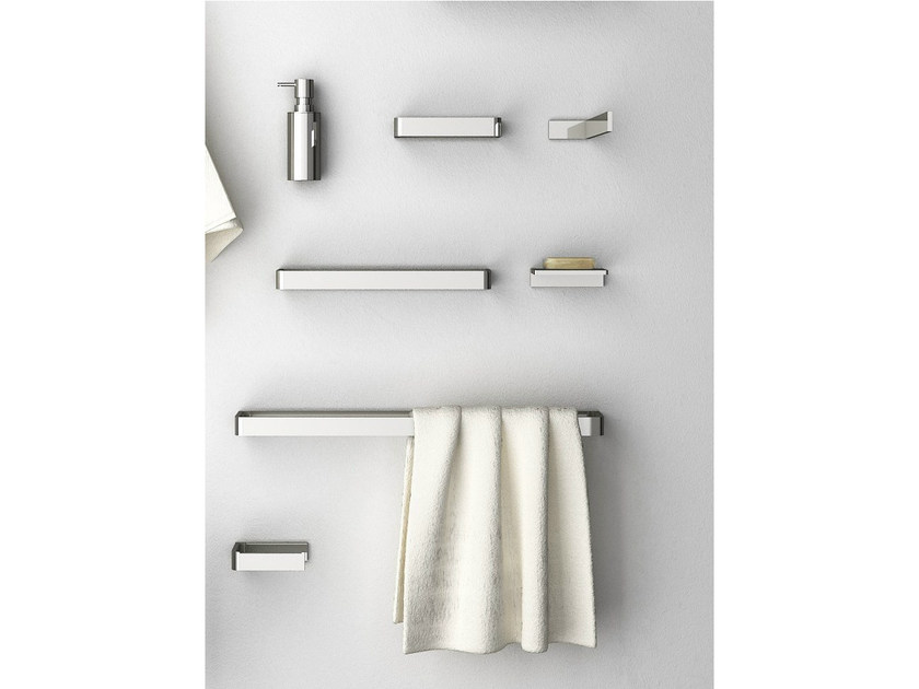 Brass towel rail DEEP | Towel rail by mg12