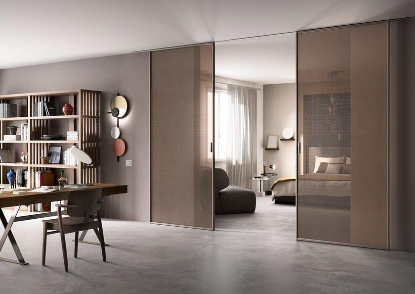 Sliding tempered glass partition wall DELINEO - FERREROLEGNO