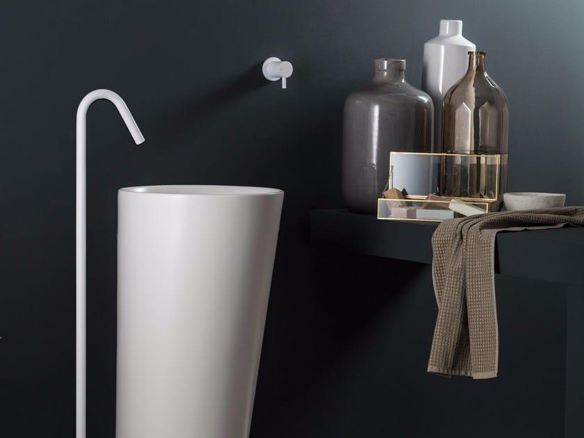 Floor standing sink spout DIAMETROTRENTACINQUE | Floor standing spout by RITMONIO