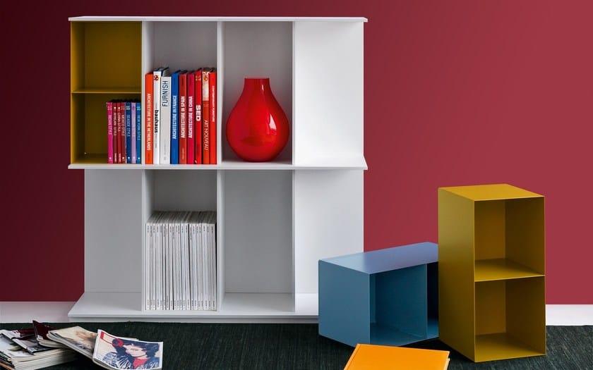 Libreria a parete autoportante in mdf division libreria for Libreria velux