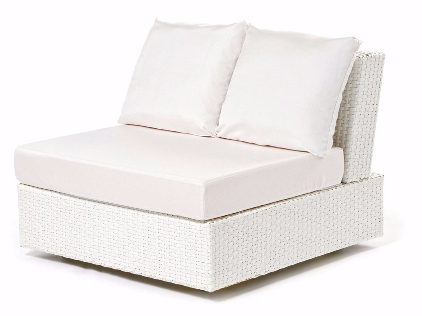 Hand woven man-made fibre armchair DOMINO | Armchair - Varaschin