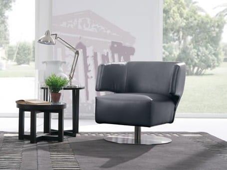 Swivel leather armchair with armrests DORÉ - Delta Salotti