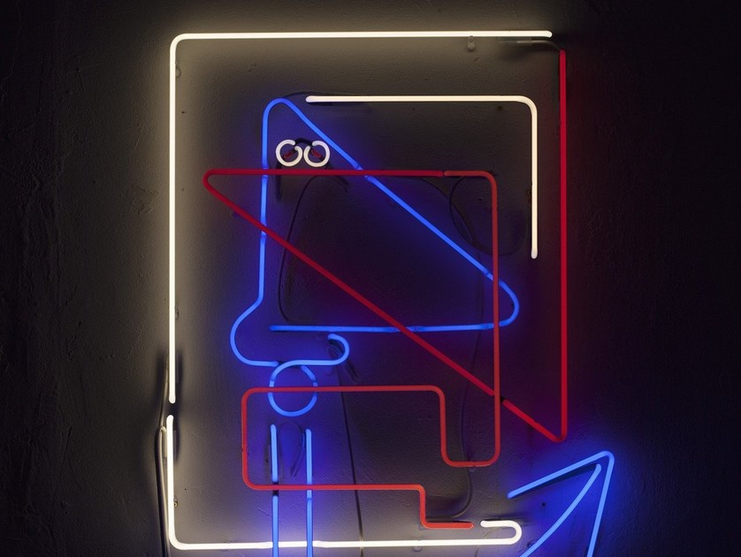 Wall-mounted neon light installation DR. KNOWS by sygns