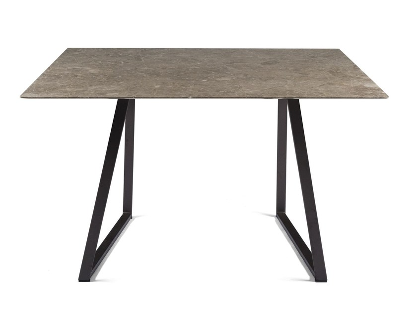 Square marble table DRITTO | Square table by SALVATORI