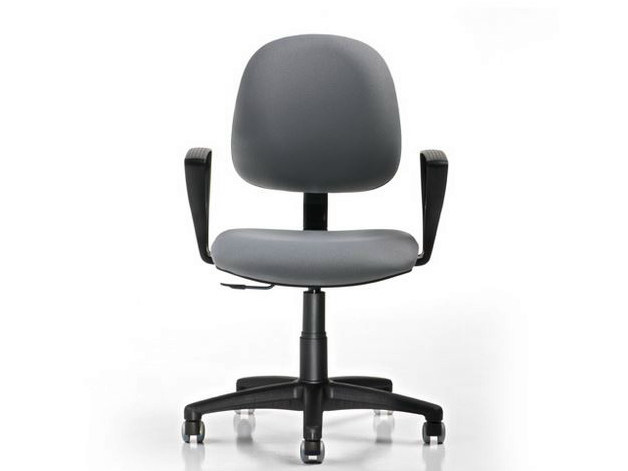 Task chair with 5-Spoke base with armrests DUBLINO | Task chair by D.M.