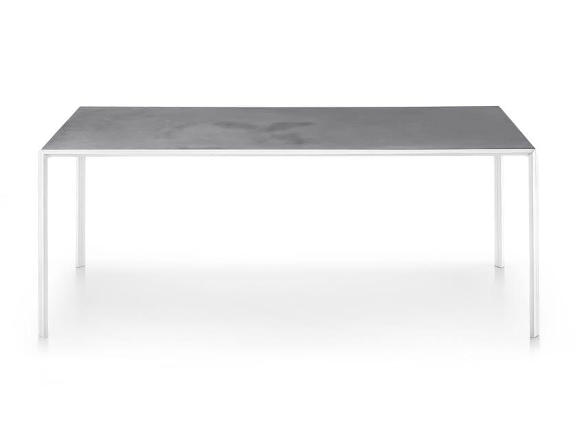 Rectangular table DUEPERDUE by Infiniti