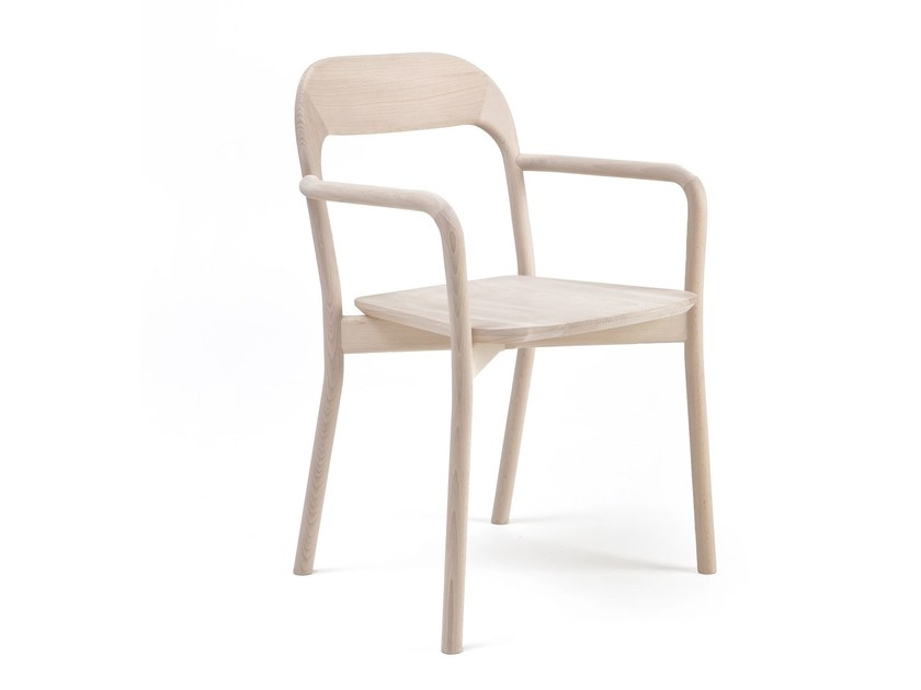 Solid wood chair EARL | Chair with armrests - PIAVAL