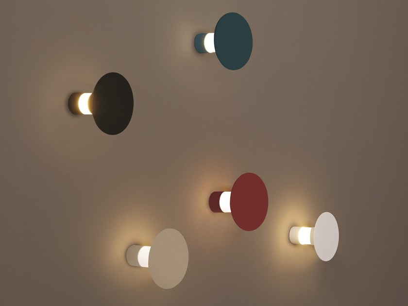 Painted metal wall lamp ECLISSE - Tooy