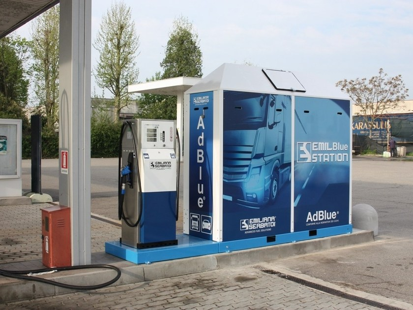 AdBlue® dispenser EMILBLUE STATION by EMILIANA SERBATOI