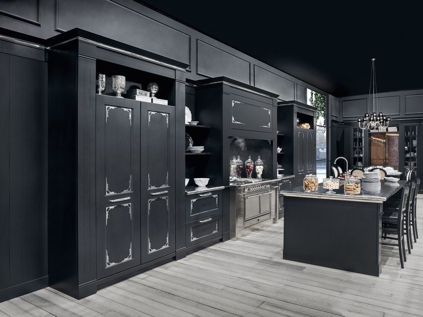 Cucina con isola english mood luxury   minacciolo